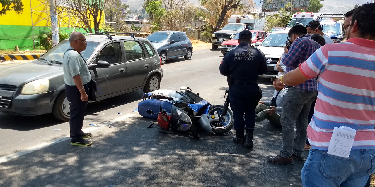 Motociclista ebrio choca en Símbolos Patrios | El Imparcial de Oaxaca