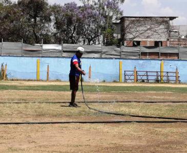 Aprovechan la contingencia para dar mantenimiento al estadio Carrasquedo
