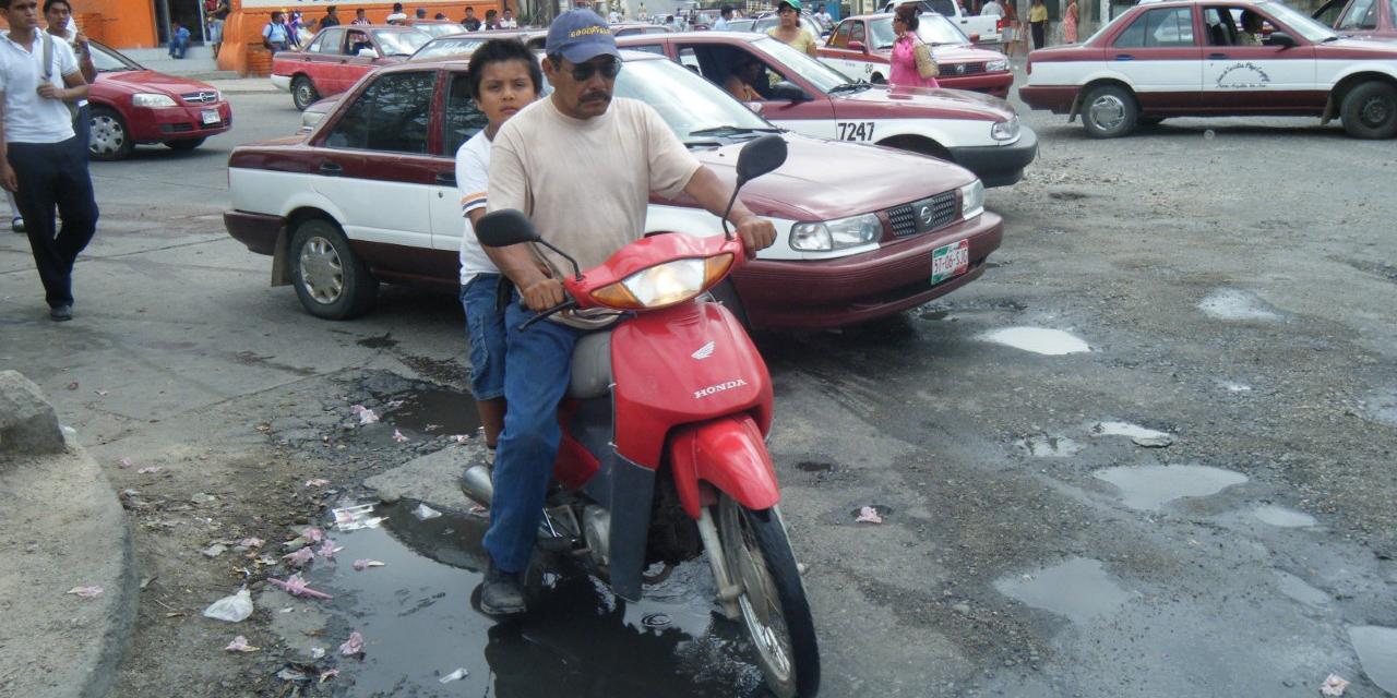 Multas a motociclistas que no porten casco en Salina Cruz | El Imparcial de Oaxaca