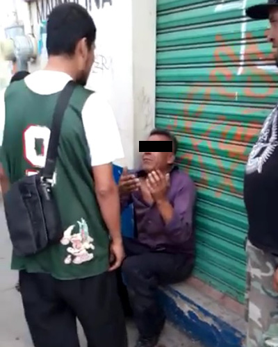 Lo sorprenden en casa ajena en el centro de Oaxaca; le dieron su escarmiento   El Imparcial de Oaxaca