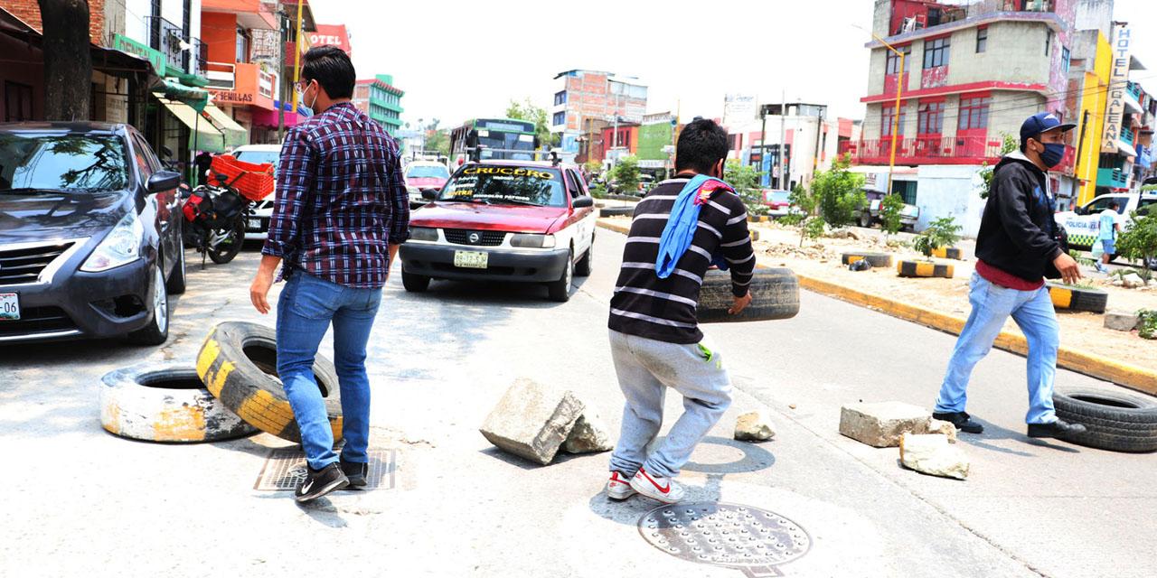 Bloqueos y saqueos se apoderan de la Central de Abasto   El Imparcial de Oaxaca