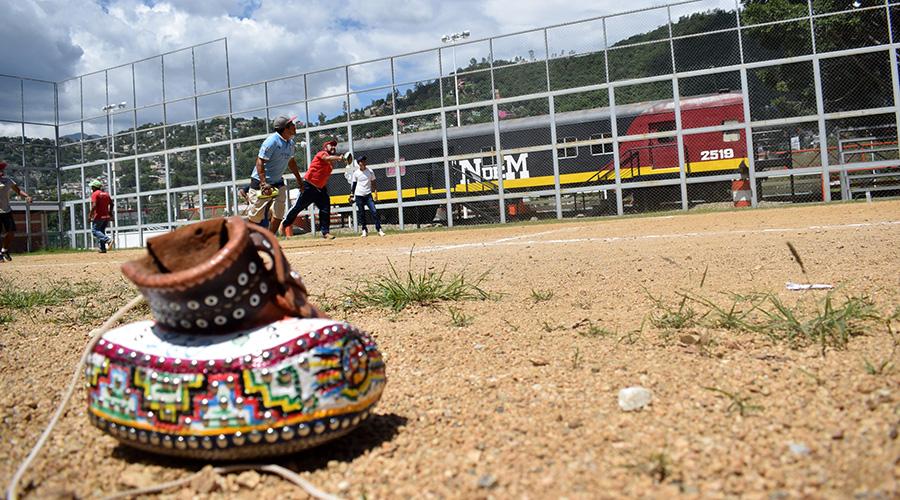 Asociación de Juegos y Deportes Autóctonos y Tradicionales del Estado de Oaxaca mantiene quieta la bola | El Imparcial de Oaxaca