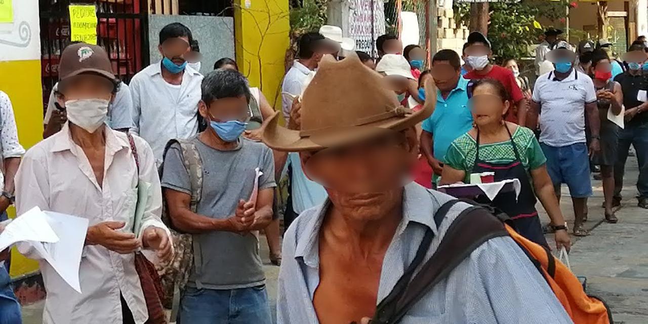 En Santa María Colotepec no respetan sana distancia | El Imparcial de Oaxaca