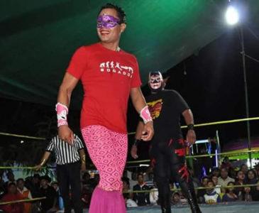 Realizan función de lucha libre con causa en Oaxaca