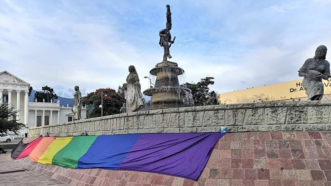 Vulnera aislamiento a comunidad LGBTTTI