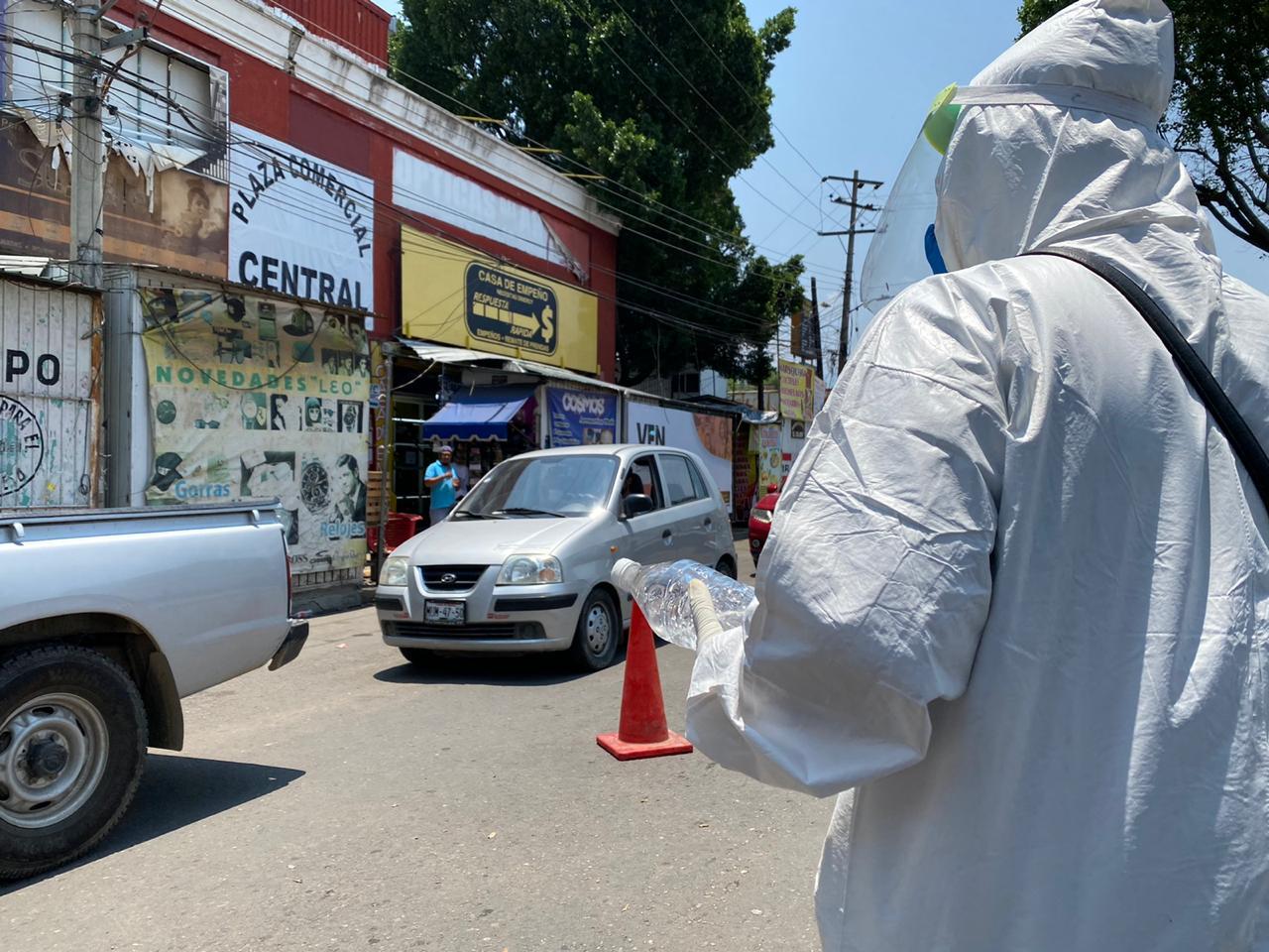 Operan siete filtros sanitarios en Central de Abasto; ciudadanos se resisten a acatar medidas