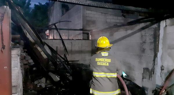 Fuego consume parte de motel en la Cuenca   El Imparcial de Oaxaca