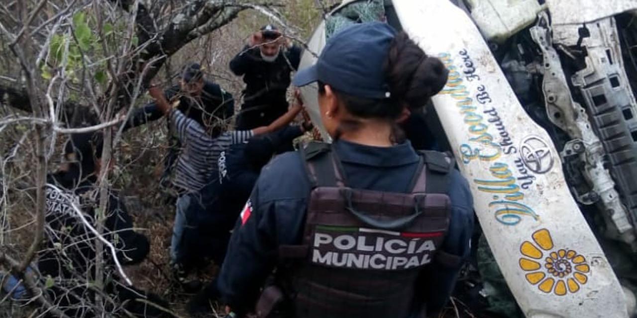 Fatal accidente en carretera a Puerto Escondido, vía Sola de Vega   El Imparcial de Oaxaca
