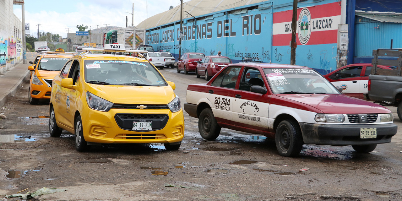 Taxis foráneos, virus sobre ruedas | El Imparcial de Oaxaca