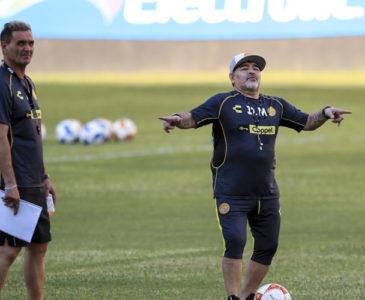 Video: Diego Armando Maradona explota contra sus hijas por asegurar que sufre de alcoholismo