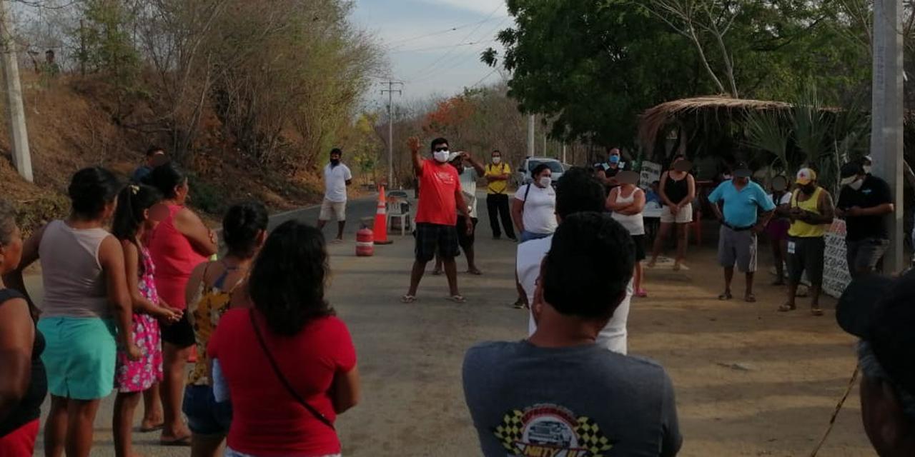 Pobladores de El Mazunte denuncian mal manejo de filtro sanitario   El Imparcial de Oaxaca