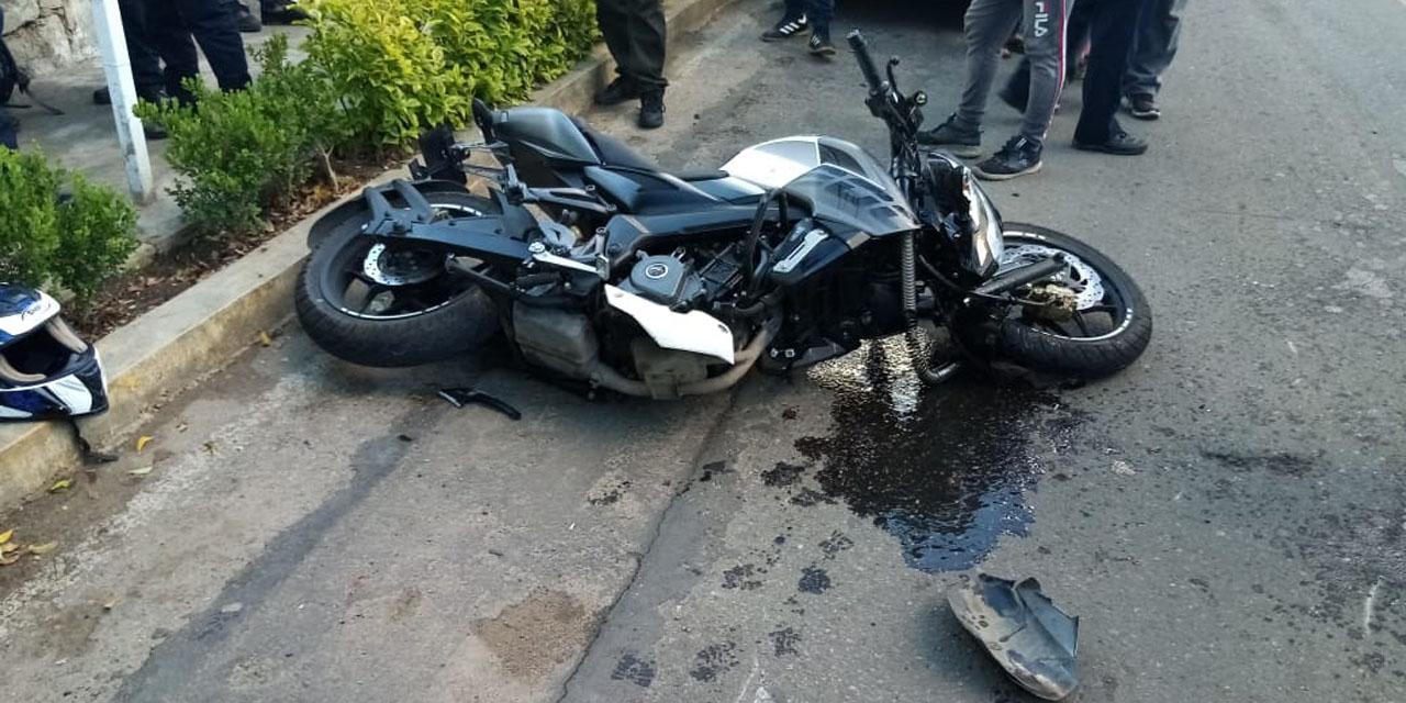 Motociclista choca en Ixcotel | El Imparcial de Oaxaca