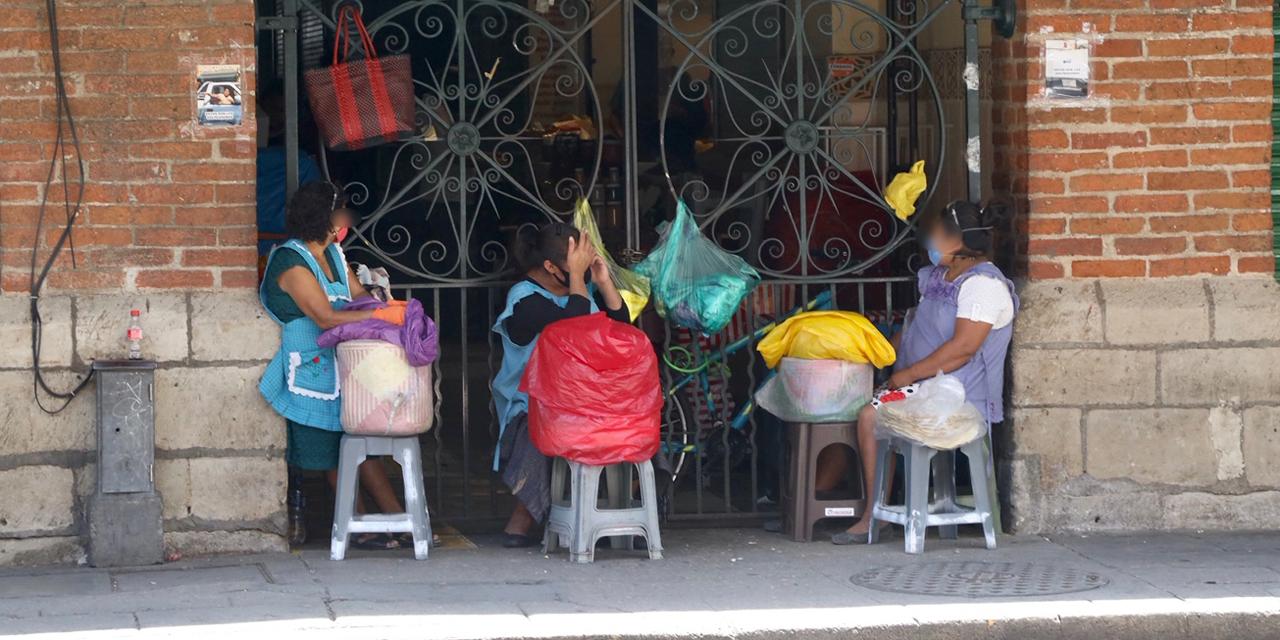 Ambulantes aprovechan cierre de locatarios en Mercados de Oaxaca   El Imparcial de Oaxaca