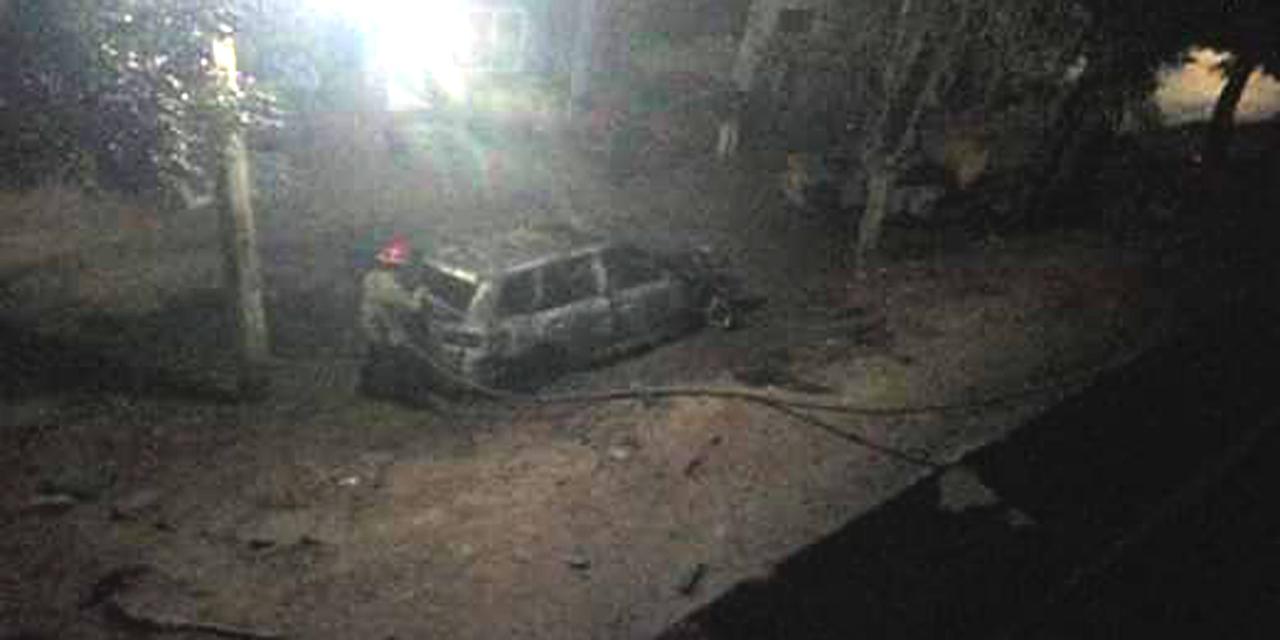 Incendian vehículos en Salina Cruz | El Imparcial de Oaxaca