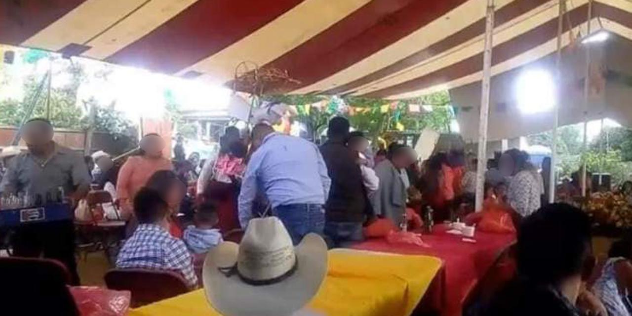 San Pedro Ixtlahuaca desafía al Covid y celebra fiesta patronal en semáforo rojo | El Imparcial de Oaxaca