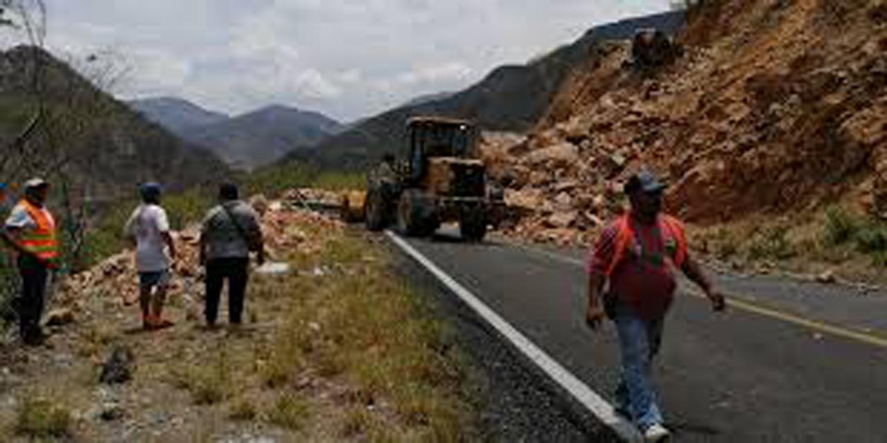SCT reestablece comunicación terrestre con zonas afectadas   El Imparcial de Oaxaca
