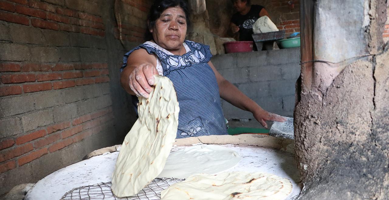 Reclaman productoras impulso a la Tlayuda | El Imparcial de Oaxaca