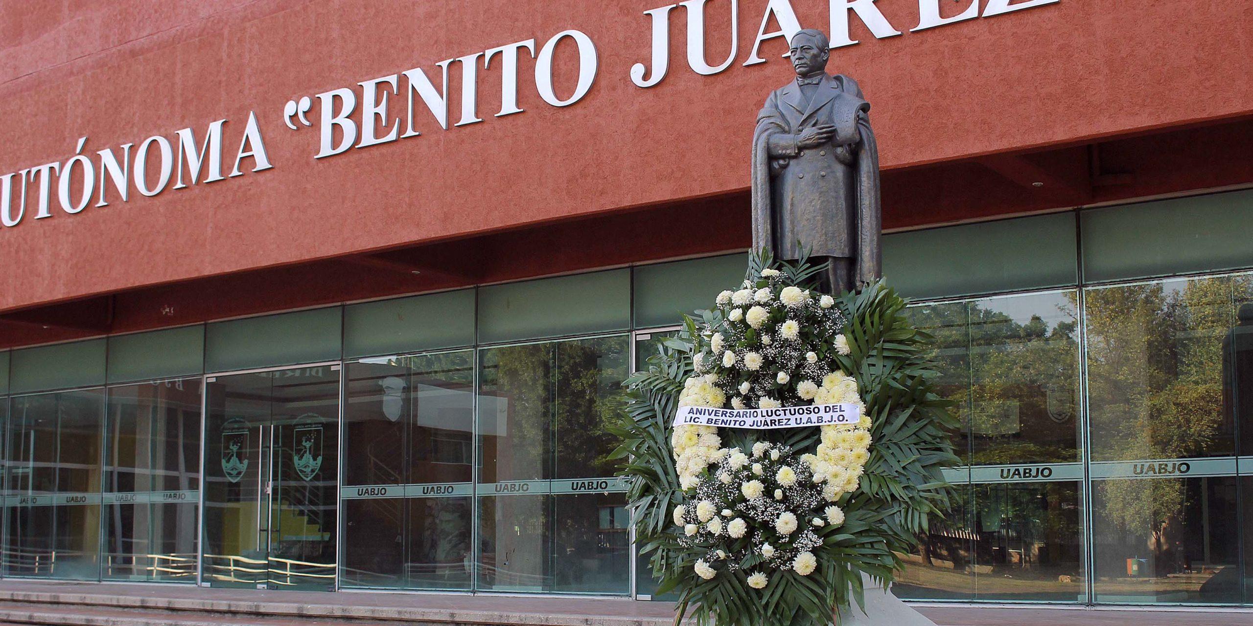 La Máxima Casa de Estudios honra el legado de Juárez en su 148 aniversario luctuoso | El Imparcial de Oaxaca