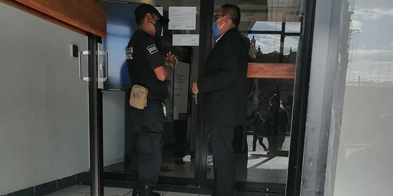 Acusan a Banco en Huajuapan por robo de pensión a adulta mayor | El Imparcial de Oaxaca