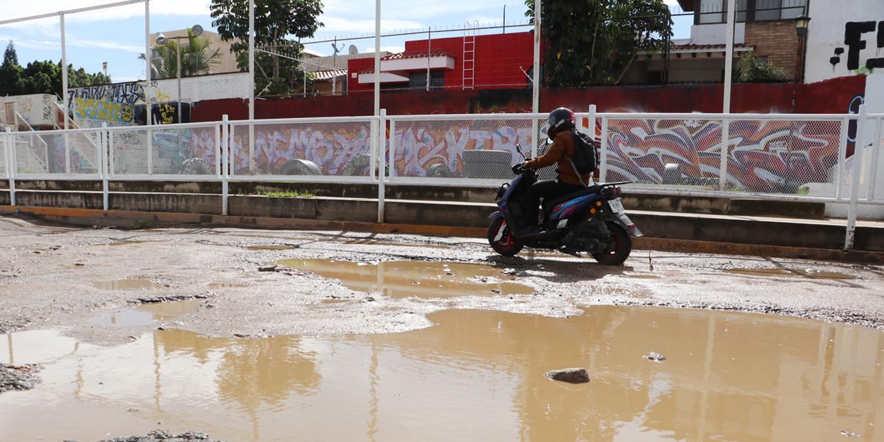 Lluvias acentúan deterioro en calles de la capital oaxaqueña | El Imparcial de Oaxaca