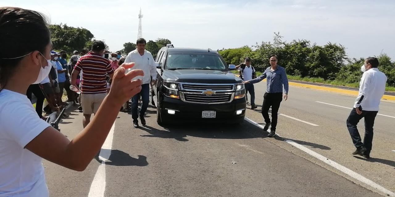AMLO supervisa obras en la Costa en menos de 4 horas | El Imparcial de Oaxaca