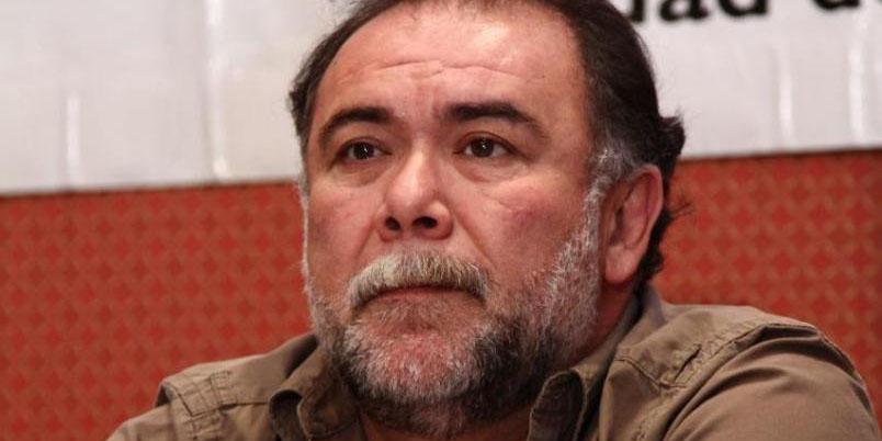 El actor Jesús Ochoa ayuda a artistas limpiando parabrisas en la calle | El Imparcial de Oaxaca