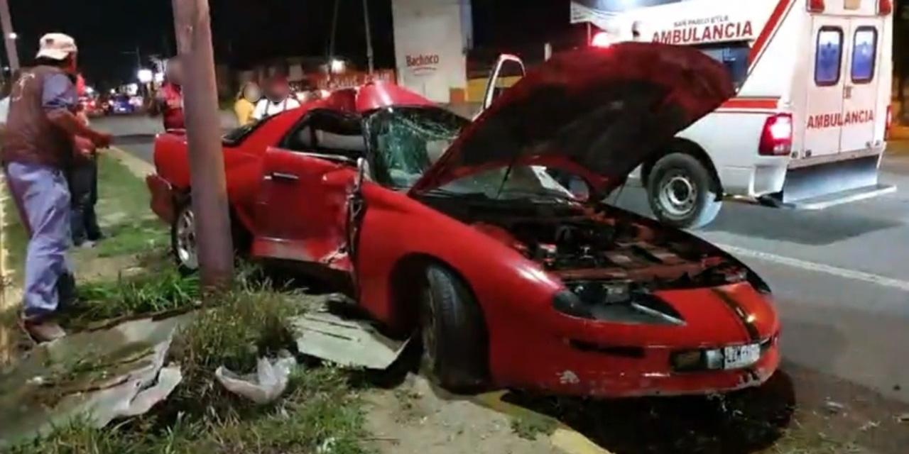 Choca y abandona auto en carretera federal Oaxaca-México | El Imparcial de Oaxaca