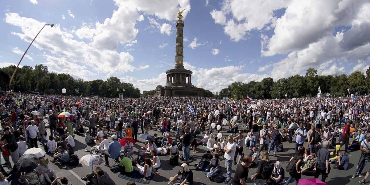 Miles protestan en Alemania contra restricciones por covid-19 | El Imparcial de Oaxaca