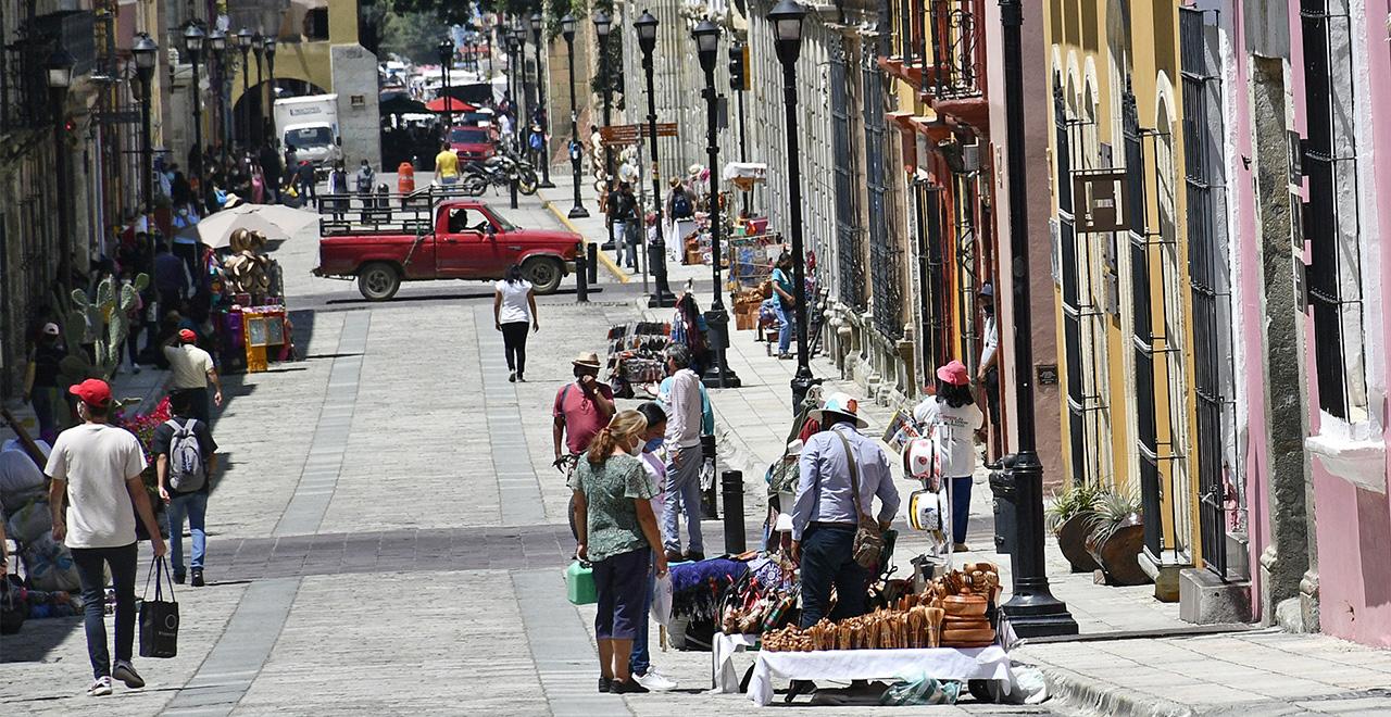 Pese a cambio en semáforo, contagios de Covid-19 aumentan | El Imparcial de Oaxaca