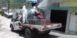 Desinfectan colonias de Salina Cruz por Covid-19
