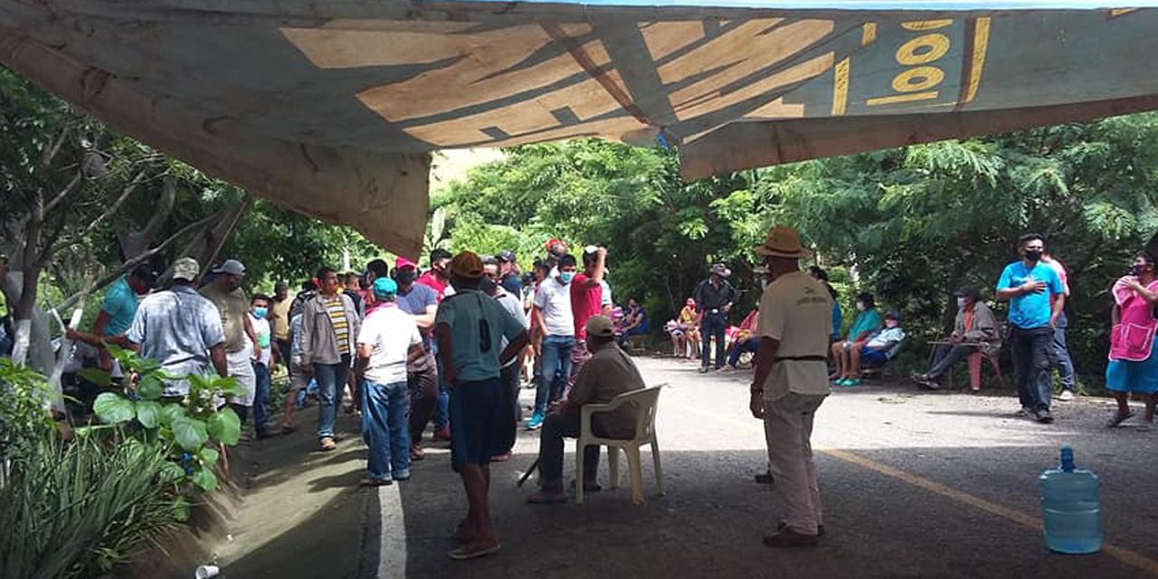 Toman carretera en San Miguel Chimalapa   El Imparcial de Oaxaca