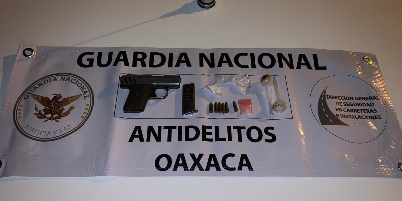 Detienen a sujetos con armas y drogas en carretera a Sola de Vega   El Imparcial de Oaxaca