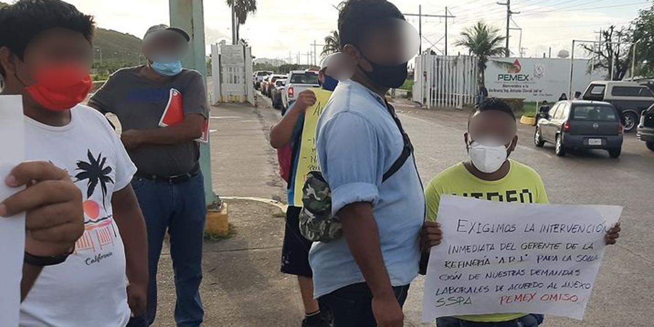 Obreros de Salina Cruz intensifican protestas   El Imparcial de Oaxaca