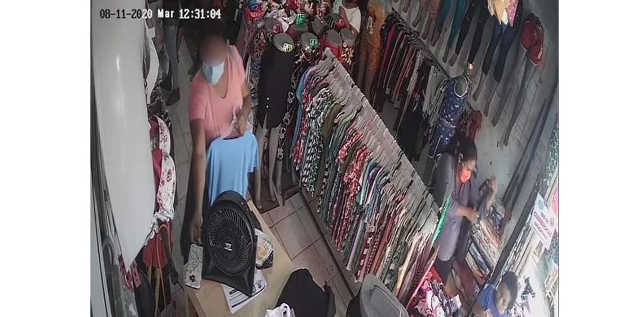 Mujer roba celular en conocida tienda de Salina Cruz   El Imparcial de Oaxaca