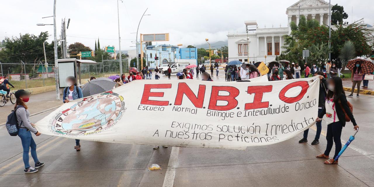 Desertan 14 alumnos de la ENBIO por educación a distancia | El Imparcial de Oaxaca