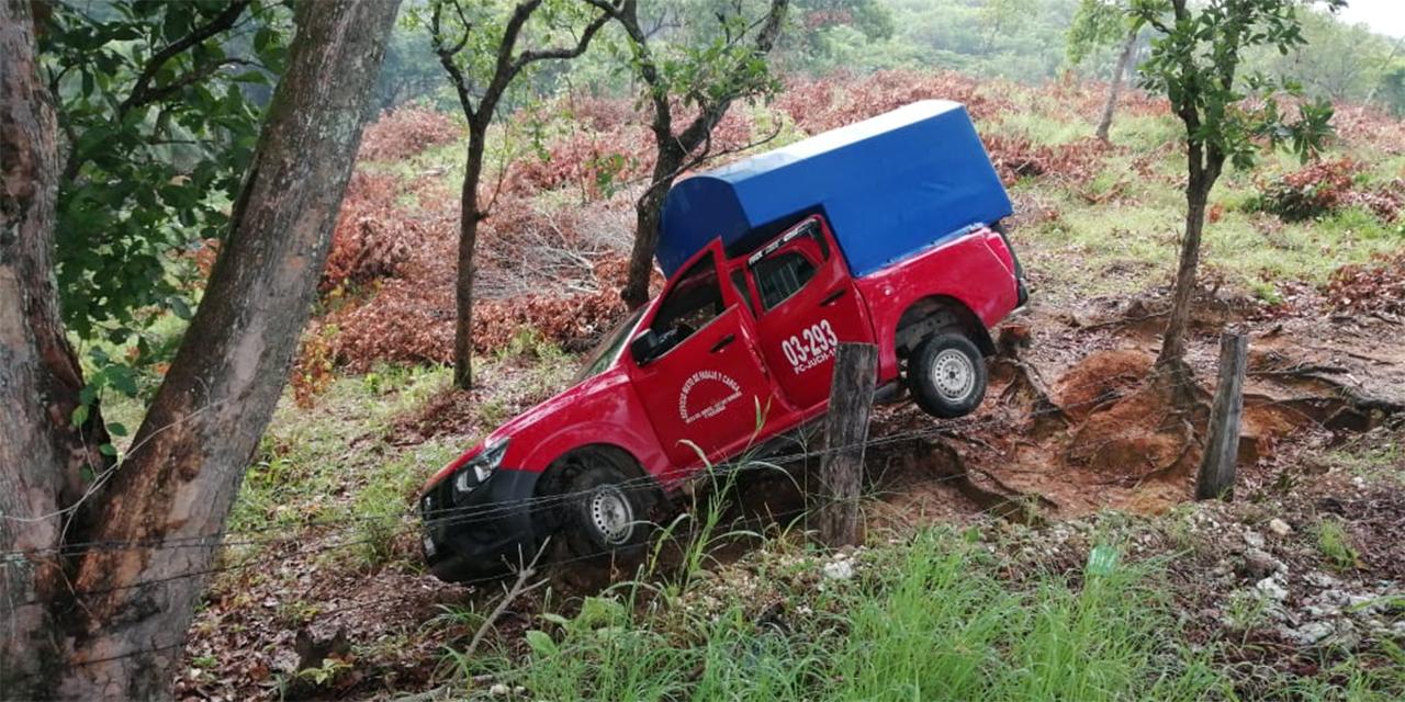 Camioneta de pasaje sale de la carretera en Matías Romero   El Imparcial de Oaxaca