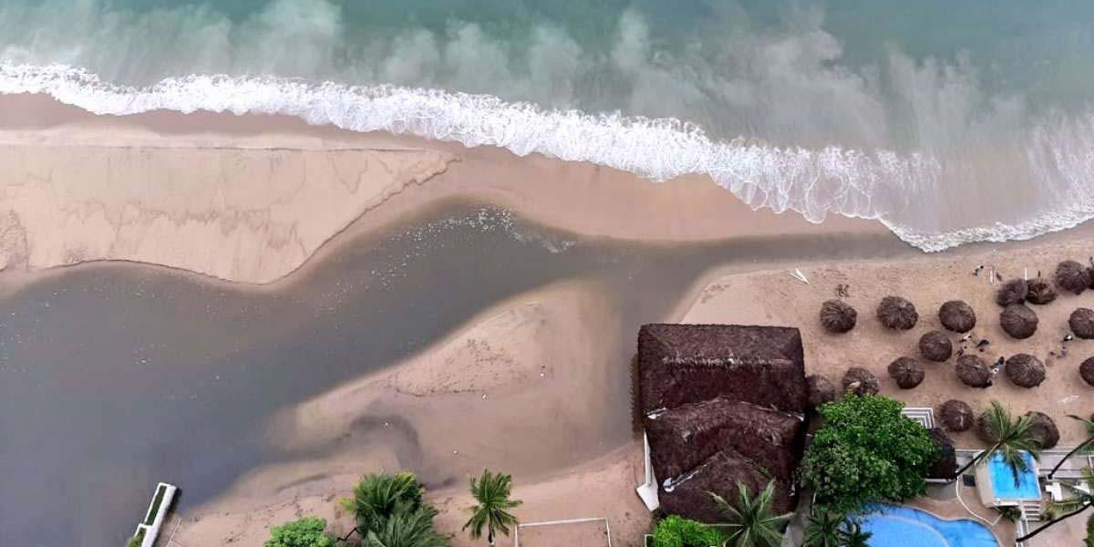 Vuelven a derramar aguas residuales en bahía de Acapulco | El Imparcial de Oaxaca
