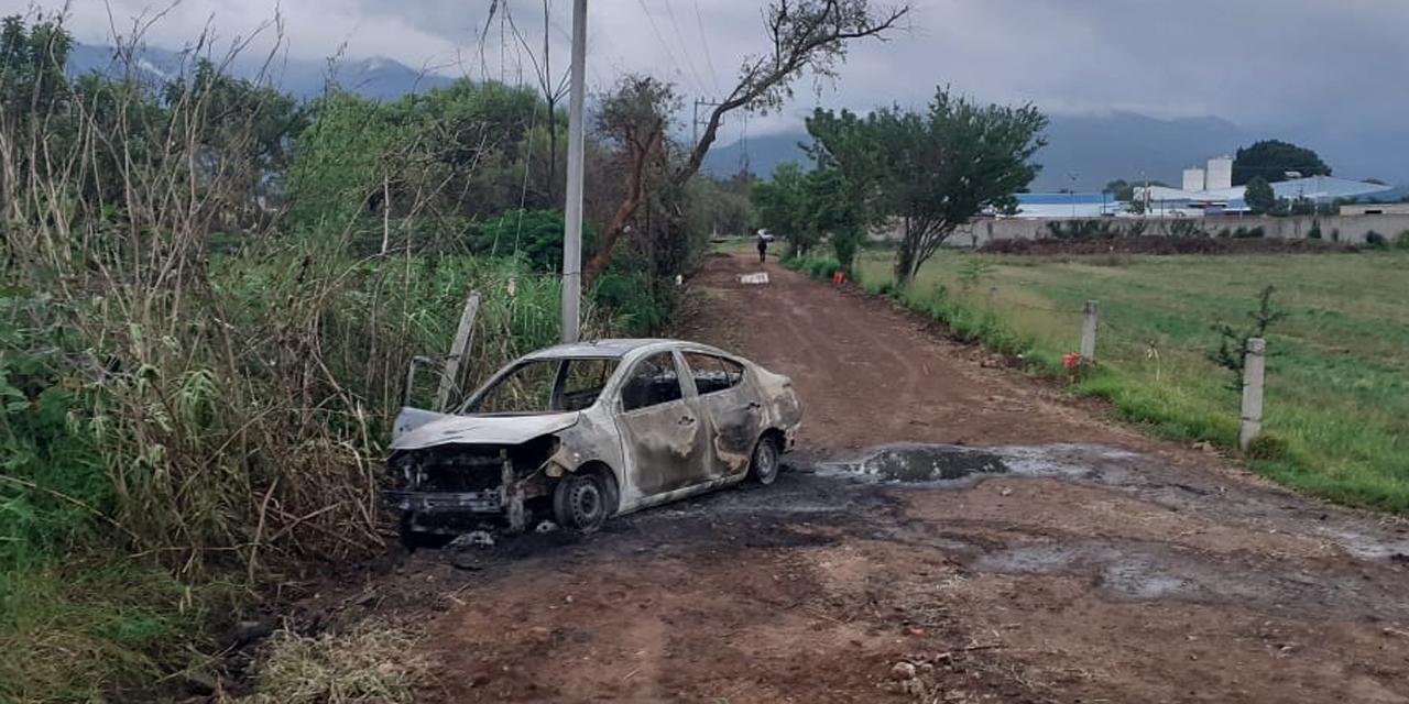 Roban taxi y lo queman en Tlalixtac | El Imparcial de Oaxaca