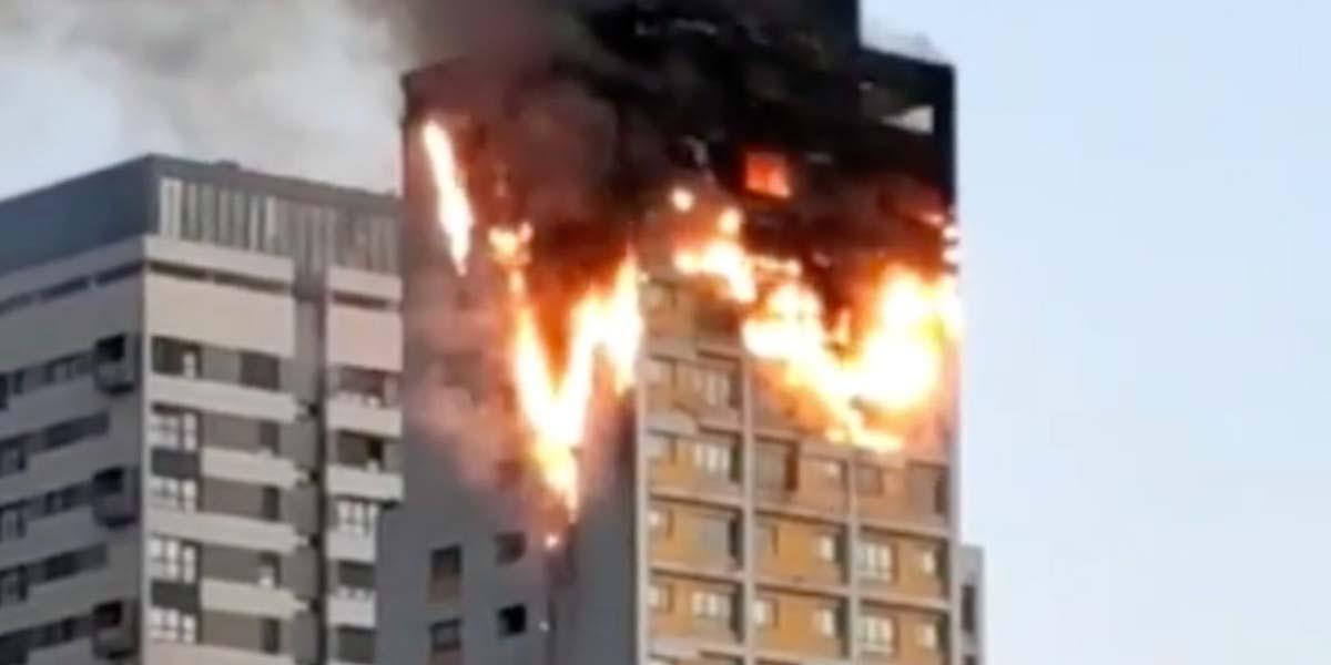 Video: Una rica barbacoa en casa terminó en aparatoso incendio | El Imparcial de Oaxaca