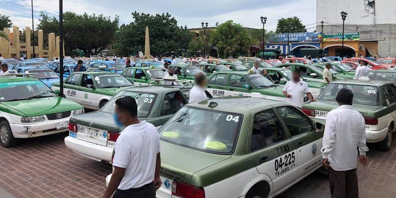 Transportistas exigen justicia en Pinotepa | El Imparcial de Oaxaca