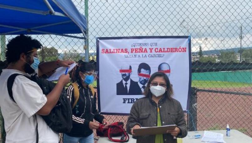 Continúan las mesas en todo el país para recolectar firmas para enjuiciar a expresidentes | El Imparcial de Oaxaca