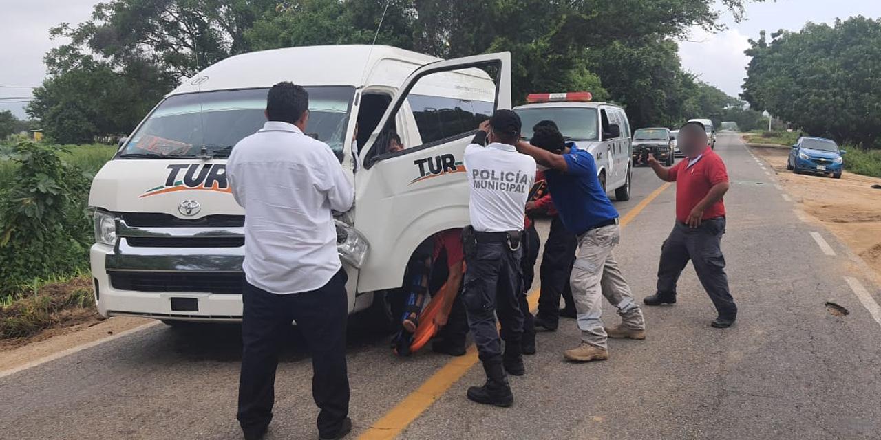 Fuerte accidente en carretera costera deja un herido | El Imparcial de Oaxaca