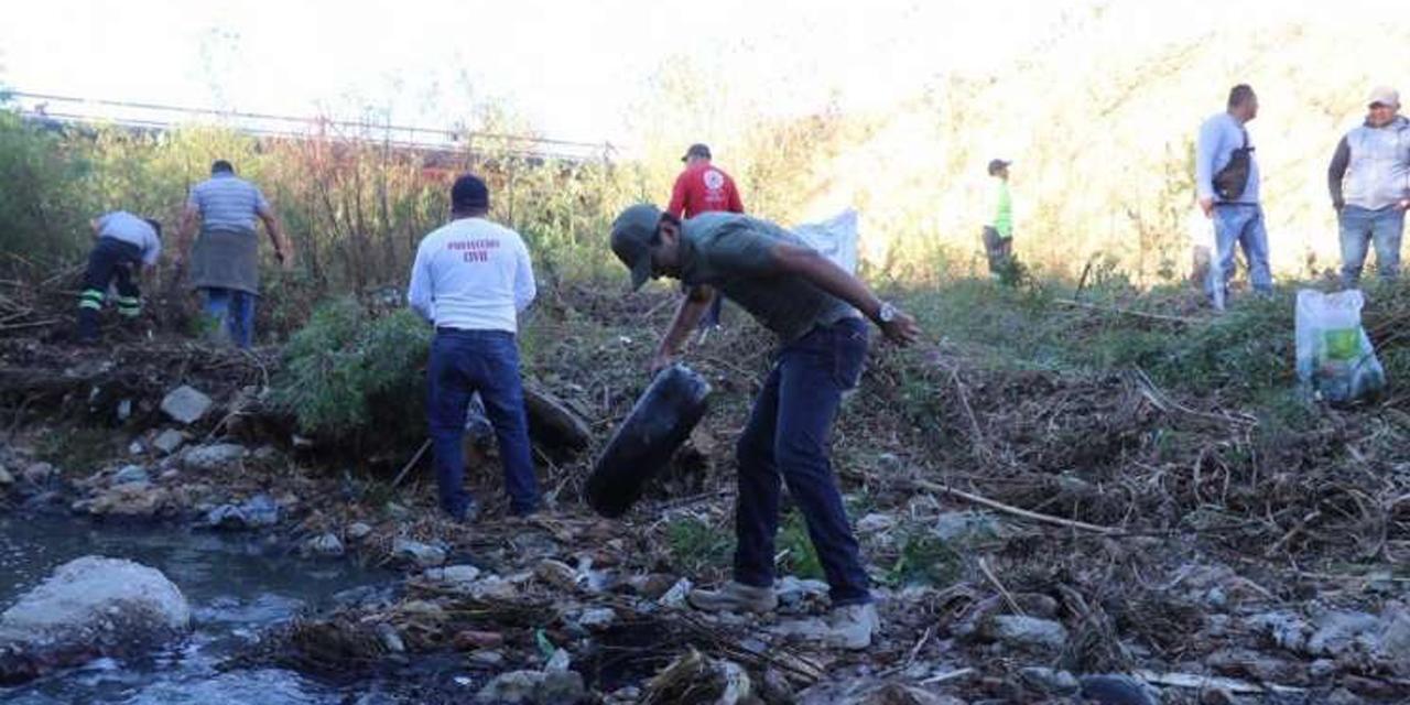 Semaedeso beneficia a empresa 'todóloga' para rescate de ríos de Oaxaca | El Imparcial de Oaxaca