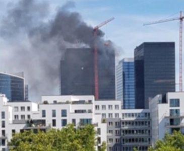 Incendio en torre World Trade Center de Bruselas en Bélgica