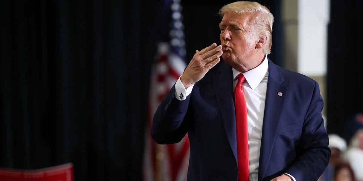 Trump rompe reglas y celebra mitin sin cubrebocas ni sana distancia | El Imparcial de Oaxaca