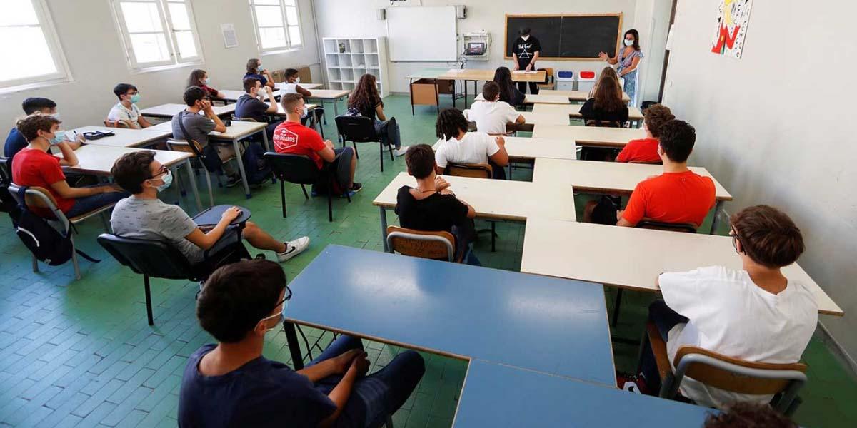 Reabren las escuelas en Italia tras seis meses de cierre | El Imparcial de Oaxaca
