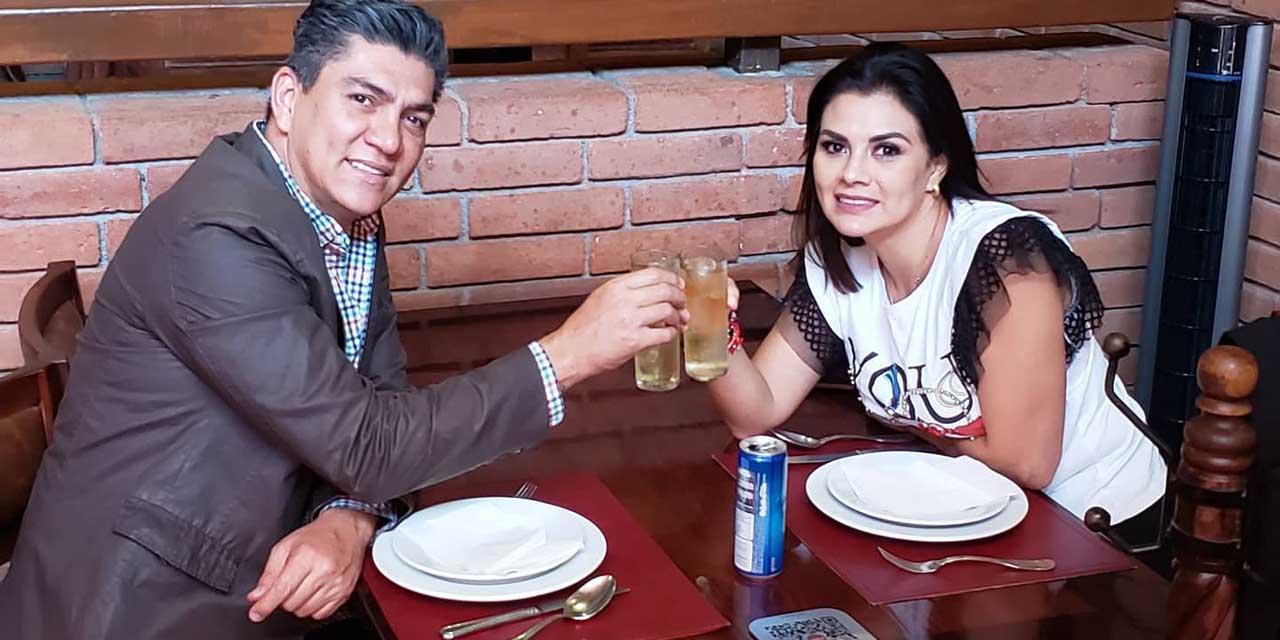 Francisco y Marisol celebraron 14 años de matrimonio