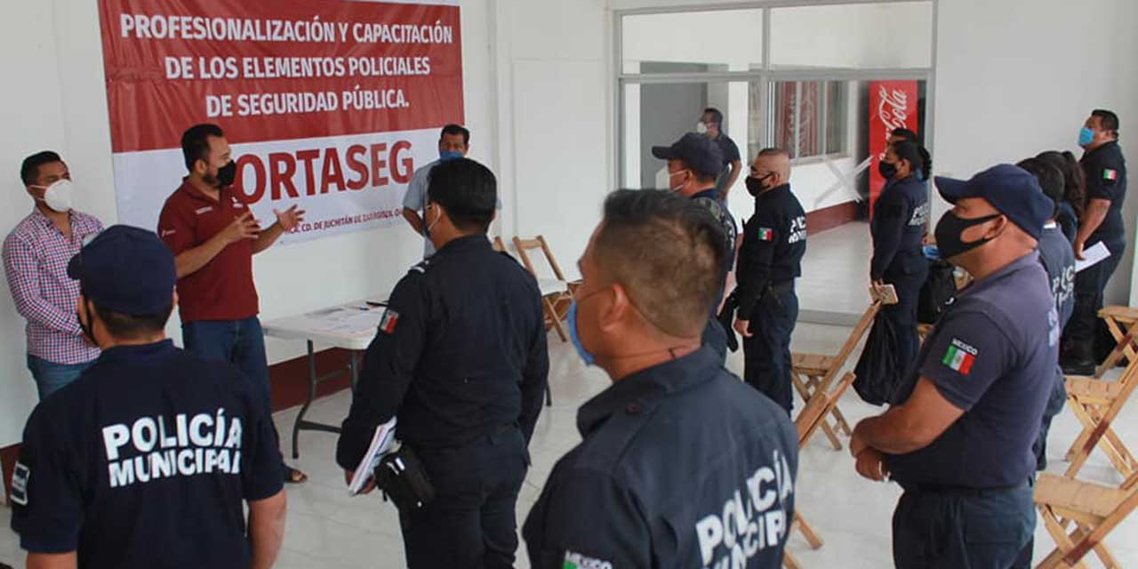 Menos de la mitad de policías municipales están certificados | El Imparcial de Oaxaca