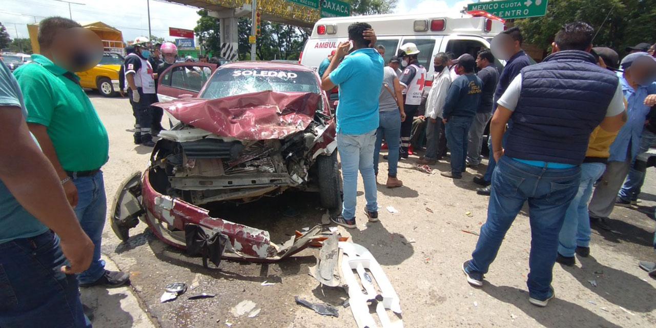 Violento choque en la Colonia del Maestro | El Imparcial de Oaxaca