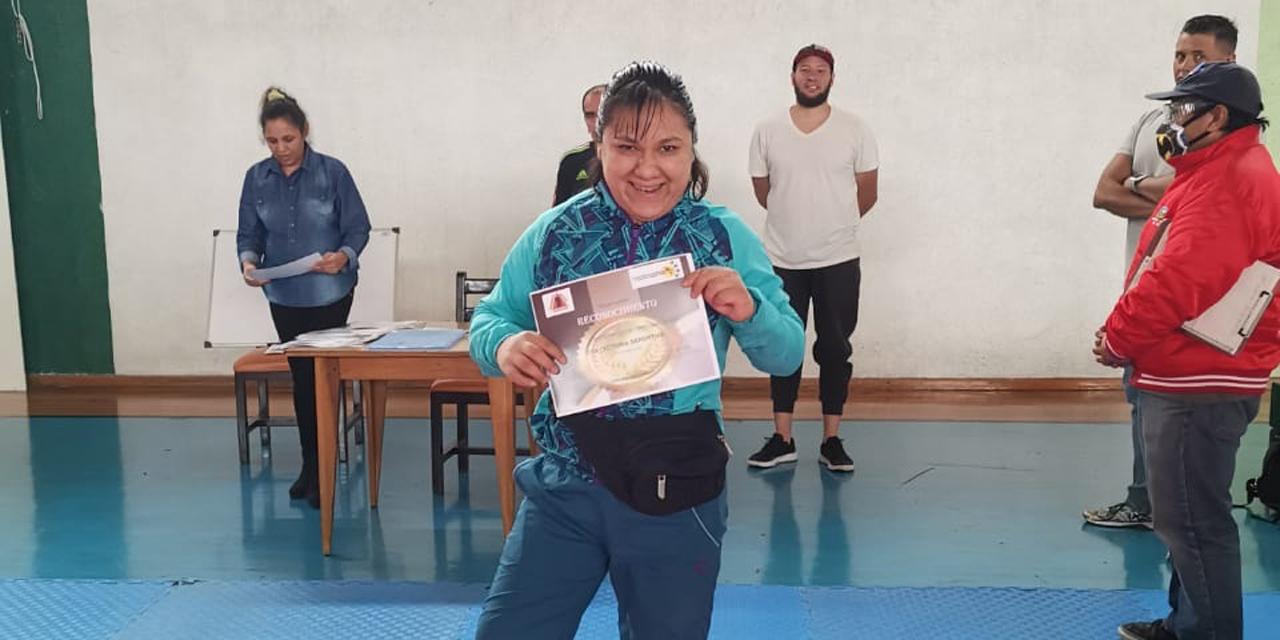 Premian trayectoria de Noemí Domínguez | El Imparcial de Oaxaca